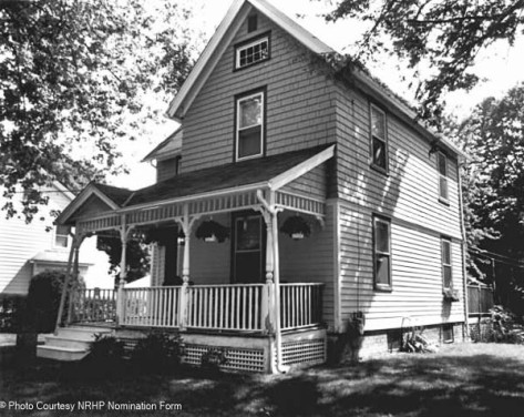 August Notch house from the NRHP nomination form.