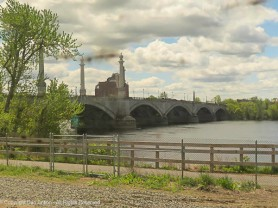 Memorial Bridge connecting Springfield and West Springfield.