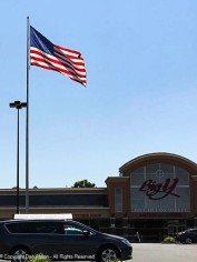 Big Y (area grocer) - Big Flag - Clearer day.