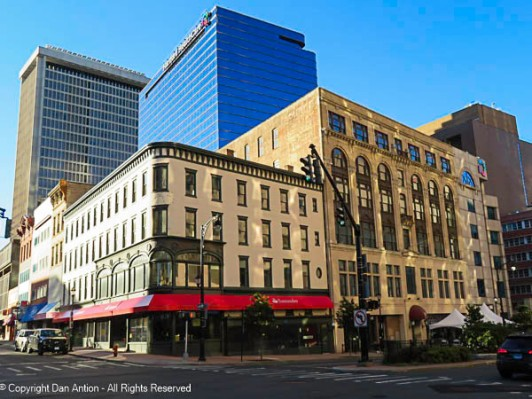 When I moved to Hartford in 1981, Stackpole, Moore and Tryon clothing store still occupied the building on the corner. They still exist, but they have moved farther north on Trumbull. This building is now home to a bank - the story continues.